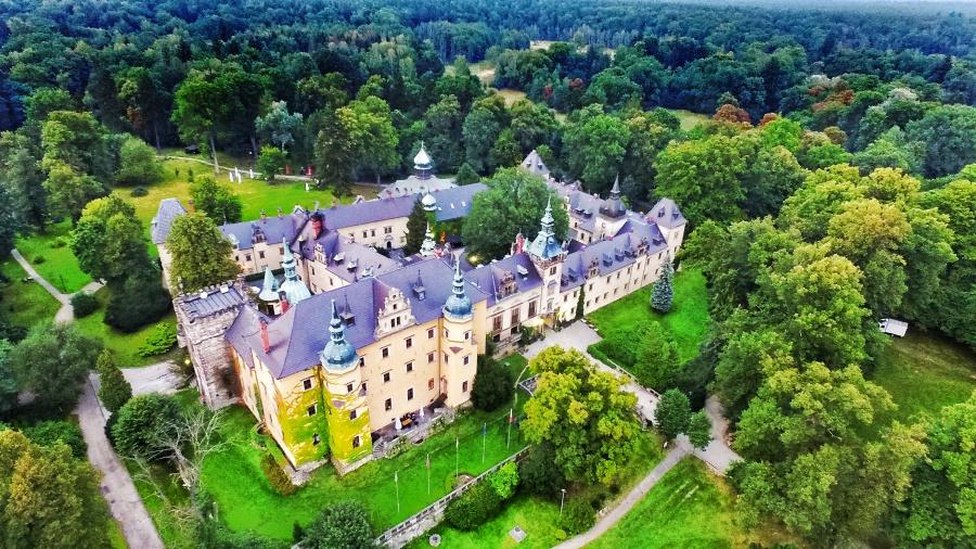 Nocleg w Zamku Kliczków - zamki Dolny Śląsk
